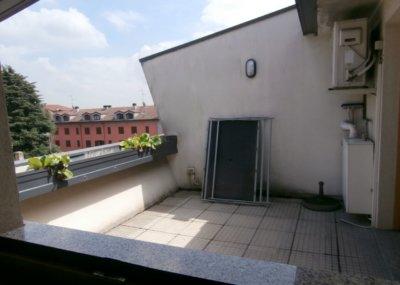 mansarda bilocale terrazzo lissone foto6