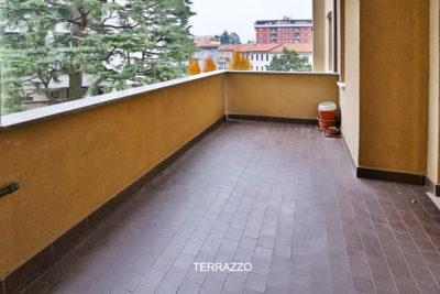 signorile bilocale terrazzo lissone foto266