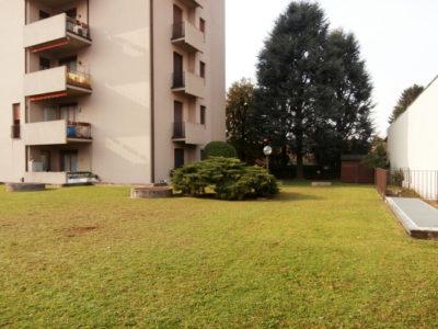 Trilocale elegante terrazzo Lissone foto18