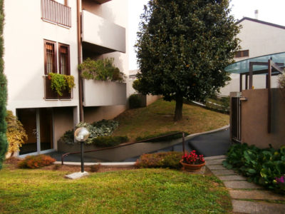 Trilocale elegante terrazzo Lissone foto1