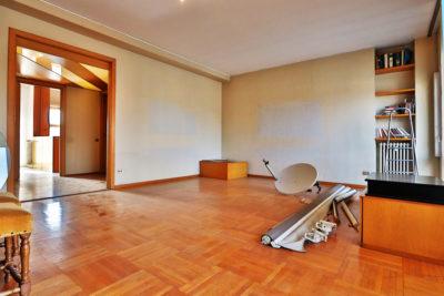 signorile appartamento centro lissone foto2