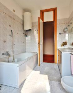 signorile appartamento centro lissone foto24