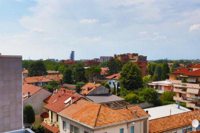 attico panoramico balconi lissone foto24