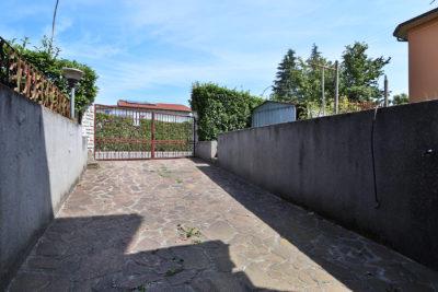 villa singola giardino bellusco foto25