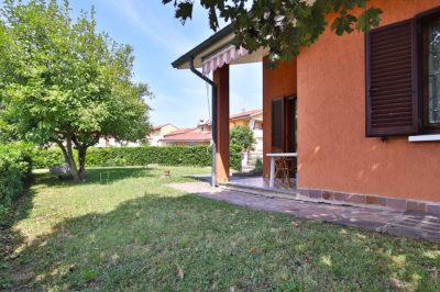 villa singola giardino bellusco foto19