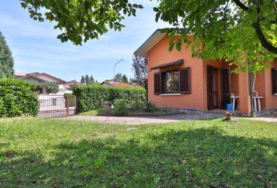 villa singola giardino bellusco foto18