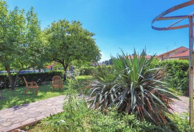 villa singola giardino bellusco foto12