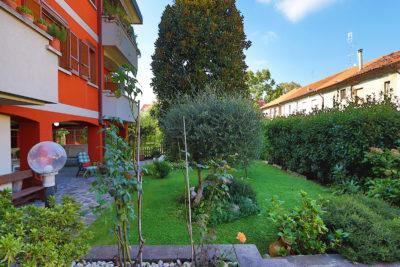 quadrilocale giardino porticato macherio foto43