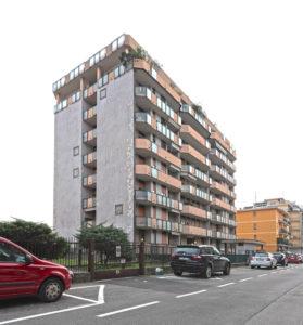 trilocale ristrutturato grattacielo Arcore foto17